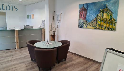 Amedis Eingang Zahnarzt Augsburg